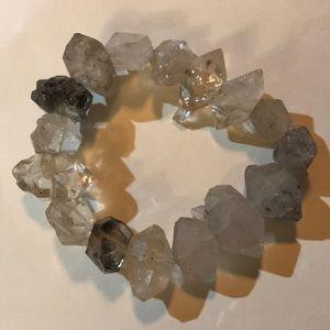 Jewelry - GENUINE QUARTZ STRETCH BRACELET
